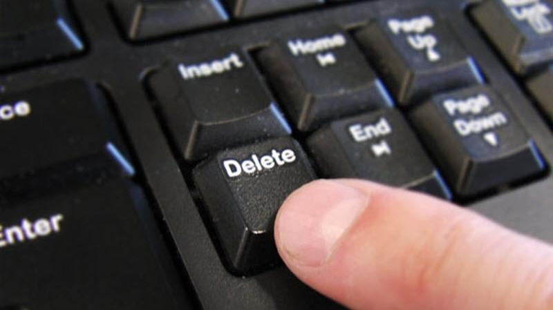 delete music files using PC