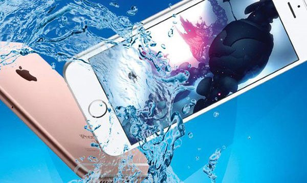 dropped iphone in water