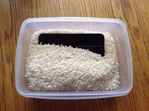 water damaged iphone wont turn on